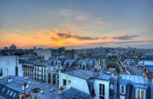 La terrasse avec vue imprenable sur la capitale