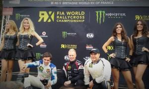 Le Bordelais Andrea Dubourg (à gauche) monte sur la 2ème marche du podium dans la catégorie Super 1600